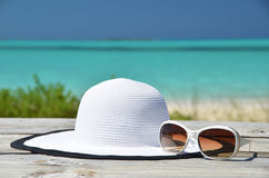 Hat and sunglasses. Royalty Free Stock Images