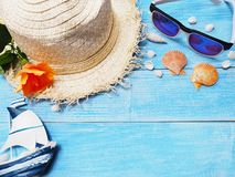 Hat and sunglasses for holiday vacation background. royalty free stock photos