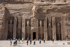 Hathor寺庙的废墟在阿布格莱布Simbel的在埃及 免版税库存图片