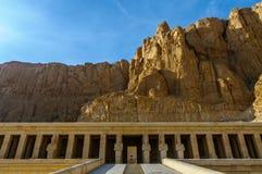 Hatshepsut tempel i dalen av konungarna royaltyfria bilder