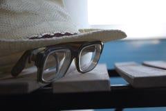 Hatt & glas Fotografering för Bildbyråer