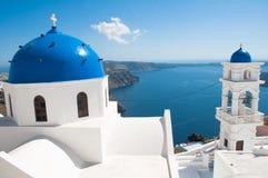 Haube der Kirche in Santorini Lizenzfreie Stockfotografie
