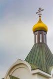 Haube der Kirche und des ruhigen Platzes Stockbild