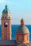 Haube und Glockenturm Stockbilder