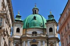 Haube von St- Peterkirche Lizenzfreies Stockbild