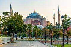 Hauben und Minaretts Hagia Sophia in der alten Stadt von Istanbul, die T?rkei stockfotografie