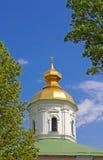 Hauben von St. Michael Cathedral von Vydubychi-Kloster, Kyiv stockbilder