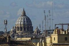 Haubenheiliges Pietro der Vatikan Rom Lizenzfreies Stockfoto