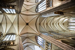 Haubewölbung von gotischen Dom in Köln Stockbilder