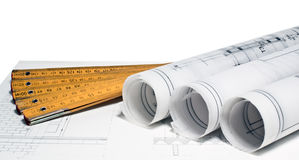 Haufen der Architektenauslegung- und -projektzeichnungen Stockfotografie