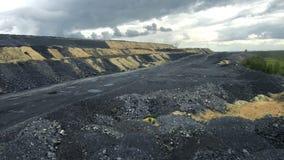 Haufen der Kohle stock video footage