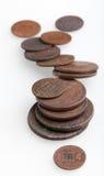 Haufen der sehr alten Kupfermünzen Stockbilder