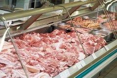 Haufen des neuen Lebensmittels des rohen Fleisches Stockbilder