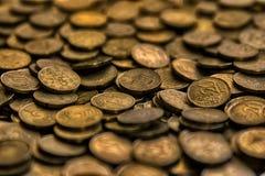 Haufen von 20 Cents Europäermünzen Stockfotografie