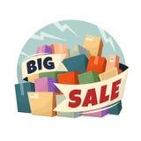 Haufen von Kästen mit großem Verkaufstext Stockbild