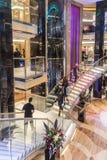 Hauptatriumtreppenhaus der P&O-Zwischenlage Ventura Stockfotografie