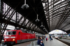 Hauptbahnhof de Cologne Photos libres de droits