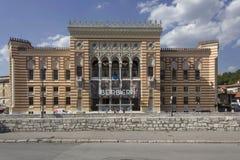 Hauptfassade von Sarajevo-Rathaus-Gebäude, bekannt als Vijecnica Stockbilder
