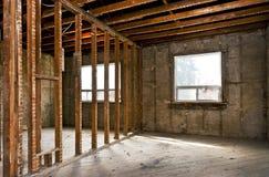 Hauptinnenraum ausgeweidet für Erneuerung lizenzfreies stockbild