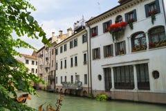 Hauptkanal Cagnan in Treviso lizenzfreie stockfotos