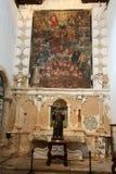 Hauptkirchenschiff und Altar in der Kathedralen-Kirche der Heiliger Maria von Betancuria in Fuerteventura, Stockfotografie