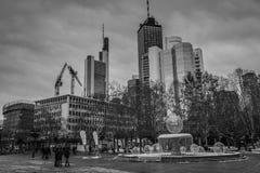 Hauptleitung der Frankfurt-Stadtskyline morgens Lizenzfreie Stockbilder