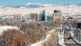 Hauptstadt von Idaho- und Boise-Skylinen mit Winter schneien Stockfotos