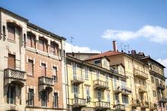 Hauptstraße in Acqui Terme, Italien Stockfotos
