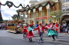 Hauptstraßen-elektrische Parade in Disney Orlando stockfoto