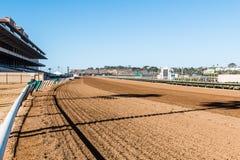 Haupttribünen-und Pferderennen-Bahn bei Del Mar, Kalifornien Lizenzfreie Stockfotografie