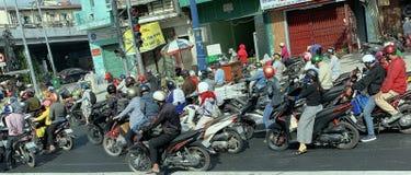 Hauptverkehrszeit HCMC stockbild
