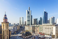 Hauptwache Pplaza and modern skyscarpes in Frankfurt am Main, Ge Stock Photography