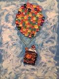 Haus auf Ballons stockfoto