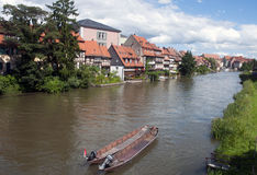 Haus auf dem Fluss Stockbilder