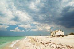 Haus auf dem Strand Lizenzfreie Stockbilder