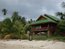 Haus auf dem Strand. Lizenzfreie Stockbilder