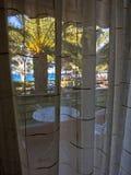 Haus auf dem Strand am sonnigen Morgen, Sithonia Lizenzfreie Stockfotos