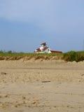 Haus auf dem Strand wieder lizenzfreie stockfotos