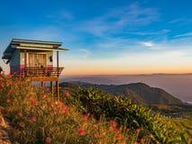 Haus auf der Klippe an Phu-Wanne Berk, Thailand Lizenzfreies Stockfoto