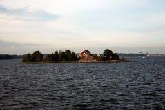 Haus auf einer Insel Stockfoto