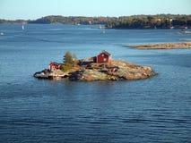 Haus auf Insel lizenzfreies stockbild