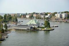 Haus auf Insel in der Ostsee, Helsinki, Finnland lizenzfreie stockfotografie
