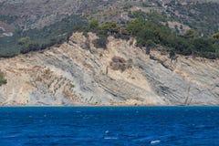 Haus auf Klippenküstenlinie auf Zakynthos-Insel Stockbild