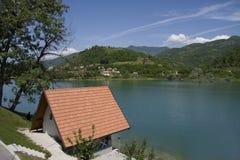 Haus auf See Stockbilder
