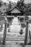 Haus auf See stockbild