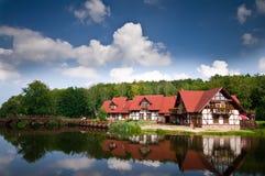 Haus auf Wasser Lizenzfreies Stockfoto