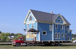 Haus-Bewegen lizenzfreie stockfotos