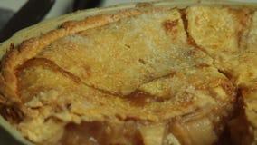 Haus bildete Apfelkuchen stock video footage