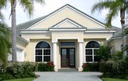 Haus in den Tropen Lizenzfreies Stockfoto