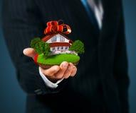 Haus in der Hand Lizenzfreie Stockbilder